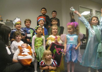 DHLSf-Annual-Kids-Halloween-Party-Photo_2